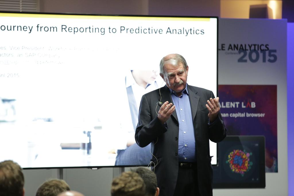 Peter Howes speaking at the Tucana People Analytics conference